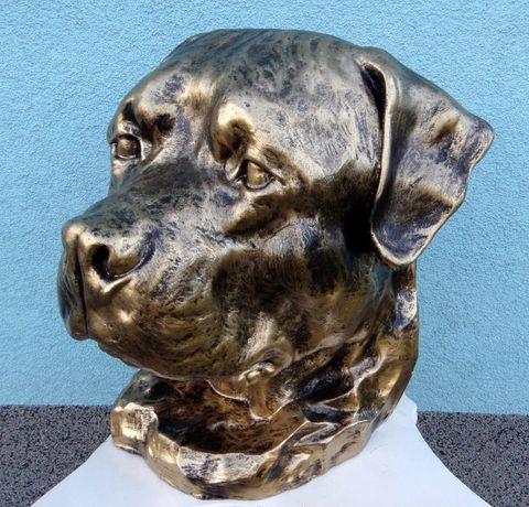 Rottweiler popiersie statuetka urna