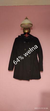 Damski czarny płaszcz