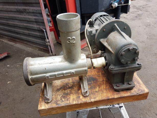 Maszynka Alfa 32 wysoka z przekladnia 230 v