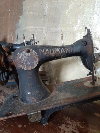 Sprzedam starodawne maszyny do szycia