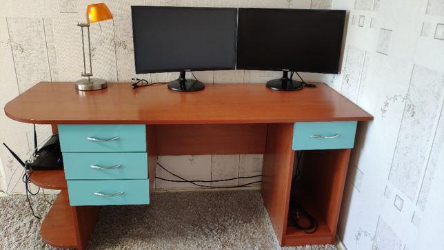Письменный\компьютерный стол