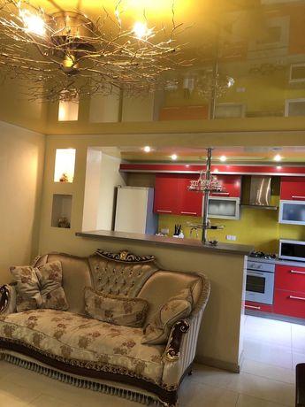 Продається квартира з автономним опаленям і повністю мебльована.