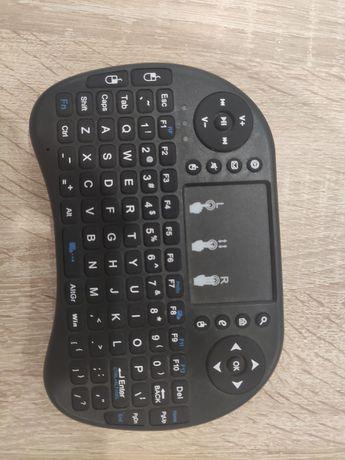 Comando teclado e trackpad sem fios