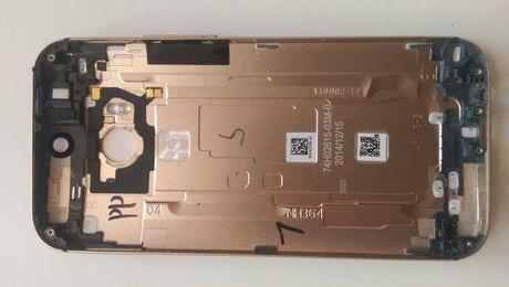Крышка оригинал задняя панель корпус HTC M8 золотого цвета golden