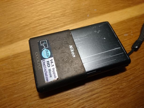 Продам фотоаппарат Nikon coolpix s80