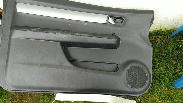 Tapicerka drzwi Suzuki Swift 2008
