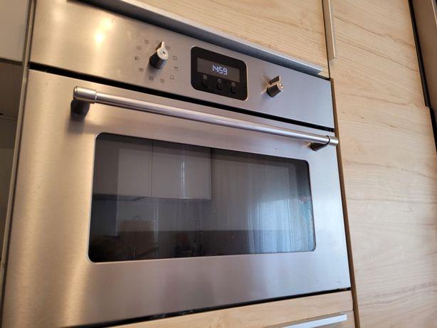 Piekarnik z termoobiegiem i kuchenka mikrofalowa w jednym