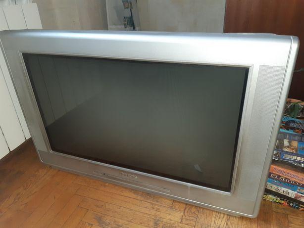 "Плоский телевизор Philips 32"""