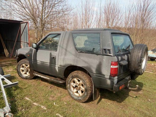 Sprzedam samochód terenowy Opel Frontera 2.0 benzyna 1997r