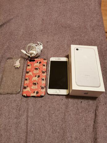Iphone 7 128 GB gwiezdna szarość