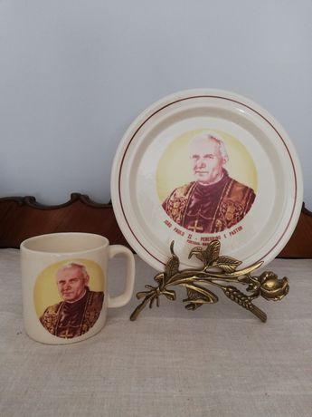 Caneca e prato de Sacavém com o Papa João Paulo II