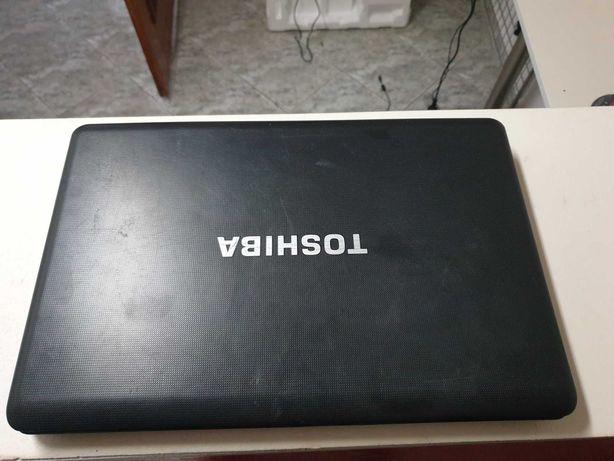 Laptop Toshiba Core i3, 4GB, HDD 1 TB, Win7, Nowa Bateria, Zasilacz