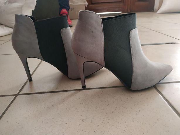 Осенние, стильные сапоги, ботинки