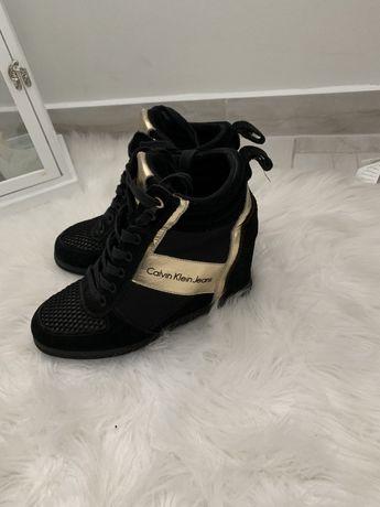 Sprzedam buty Calvin Klein r.40