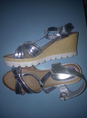 Обувь, босоножки на платформе