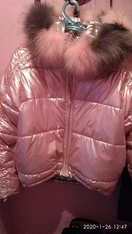 Продам куртку р. М