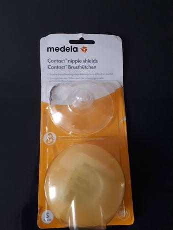 Osłonki Medela na brodawki z pudełkiem na przechowywanie 2szt 16mm