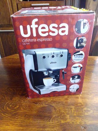 Ekspres ciśnieniowy UFESA Ce7141