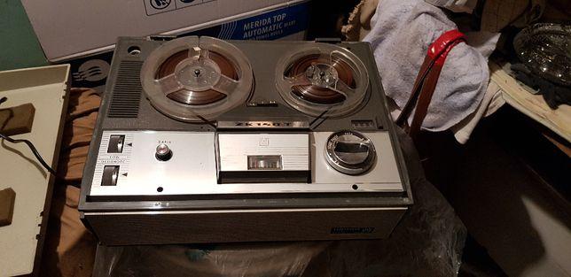 Magnetofon Szpulowy ZK 140 T istny PRL