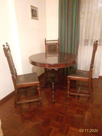 Mesa em pau-santo e 3 cadeiras
