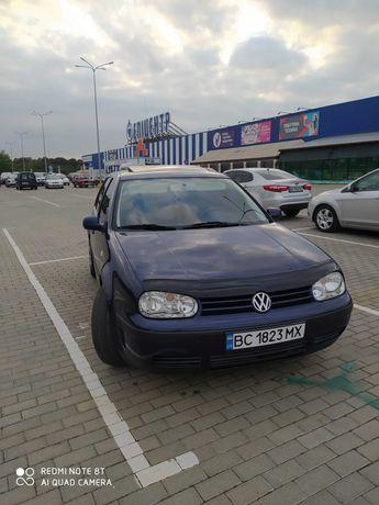 Volkswagen  golf 1.4mpi edition