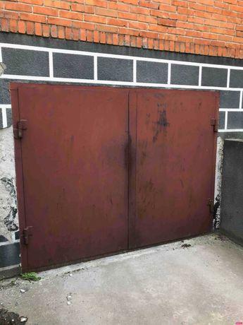 ворота гражні металеві