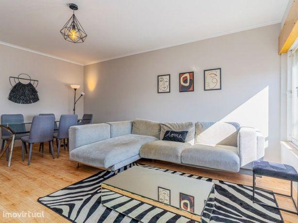 Apartamento T2 com lugar de Garagem na Quinta dos Barros