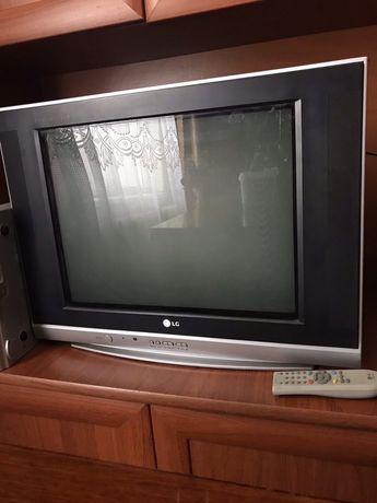 Телевізор LG 21FS7RG + тюнер