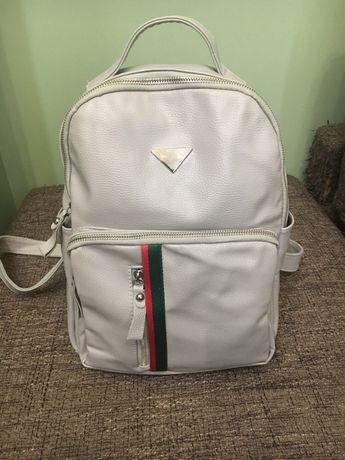 Продам рюкзак вместительный