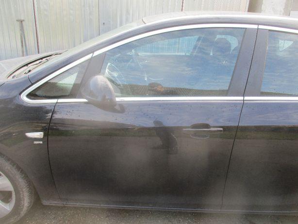 Opel Astra IV J drzwi lewe przednie lewy przod Z20R