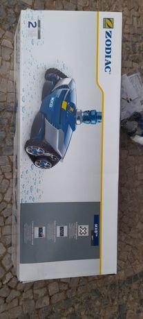 Aspirador de piscina. ROBOT Limpa fundos MX8 zodiac novo