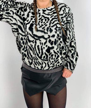 Sweter czorno-białe wzory ściągacz ozdobny uniseks