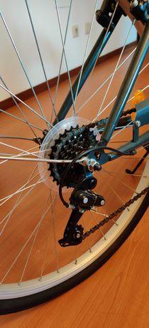 Bicicleta de cidade para senhoras