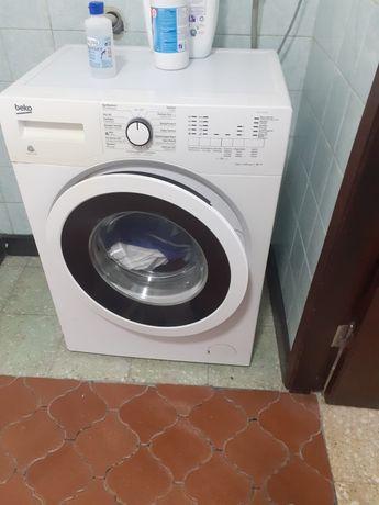 Máquina de lavar roupa + frigorífico