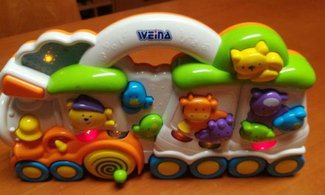 Brinquedo Bébé com sons e luz