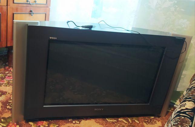 Телевизор Sony 2005