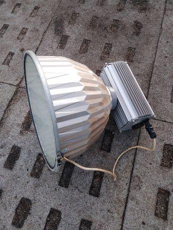 Lampy przemysłowe logtowe na hale magazyn, 8 sztuk 250 W