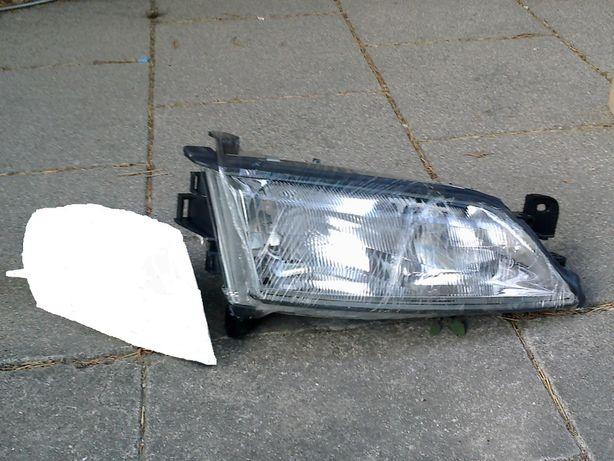 Opel Vectra B 1998 Óptica direita