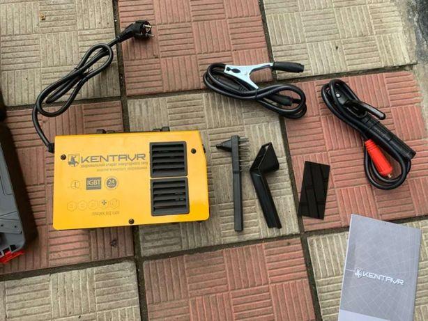Продам СРОЧНО Сварочный инвертор Кентавр СВ-250НМ с чемоданом в компле