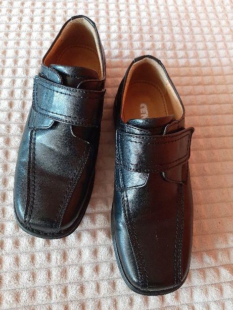 Buty chłopięce wyjściowe roz. 38