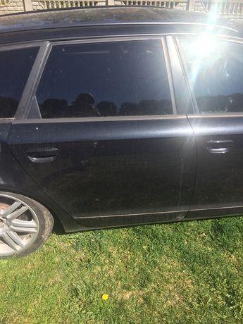 Audi s6 c6 drzwi tylne prawe lz9y do założenia w kolorze
