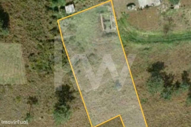 INVESTIMENTO: Terreno com 1500 m2, Localizado na Lombadinha, Ladeira d