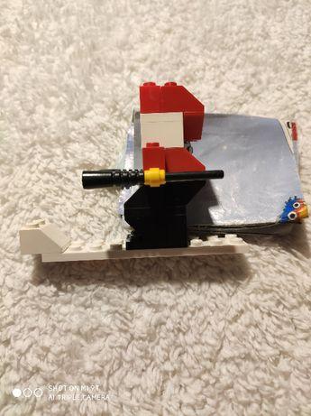 Klocki LEGO ZIMA, SNIEG Mikołaj na desce
