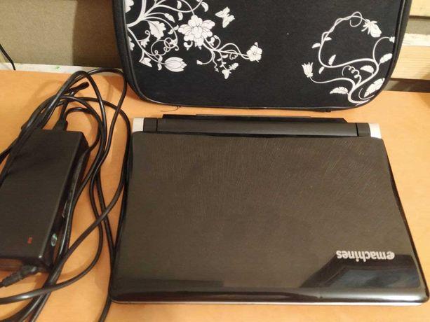 Продам нетбук Acer eMachines eM250 KAV60