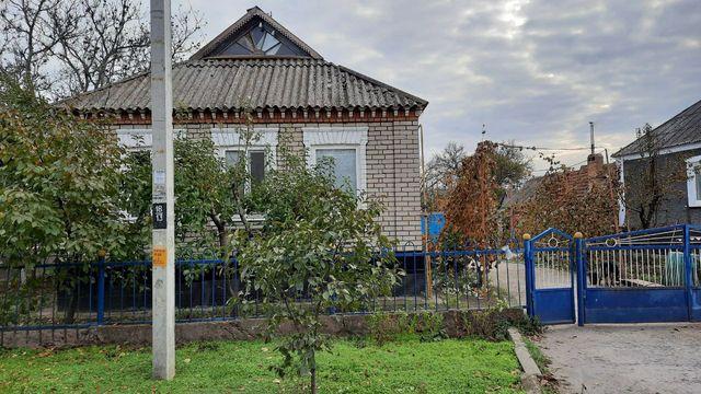 Дом в пгт Широкое ( Широковский р-н)
