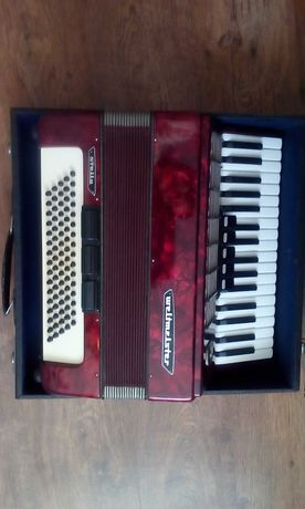 akordeon używany
