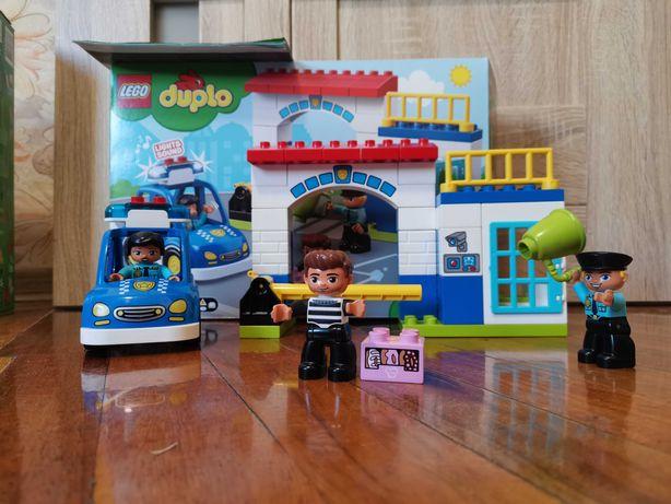 Блочный конструктор  LEGO DUPLO Полицейский участок (10902)