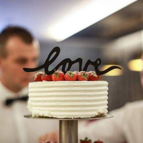 ozdoba, topper napis love na tort weselny
