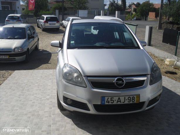 Opel Zafira 1.9 CDTi Cosmo
