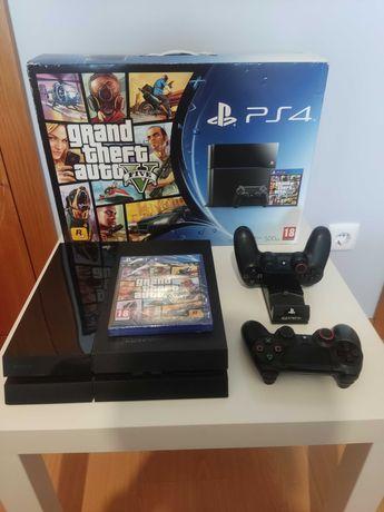 PS4 + JOGO + 2 Comandos - Como NOVA ( CAIXA BUNDLE GTA V )